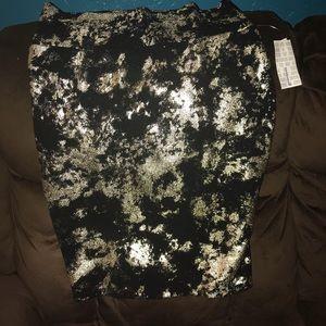 LulaRoe Black and Gold Cassie Skirt Large